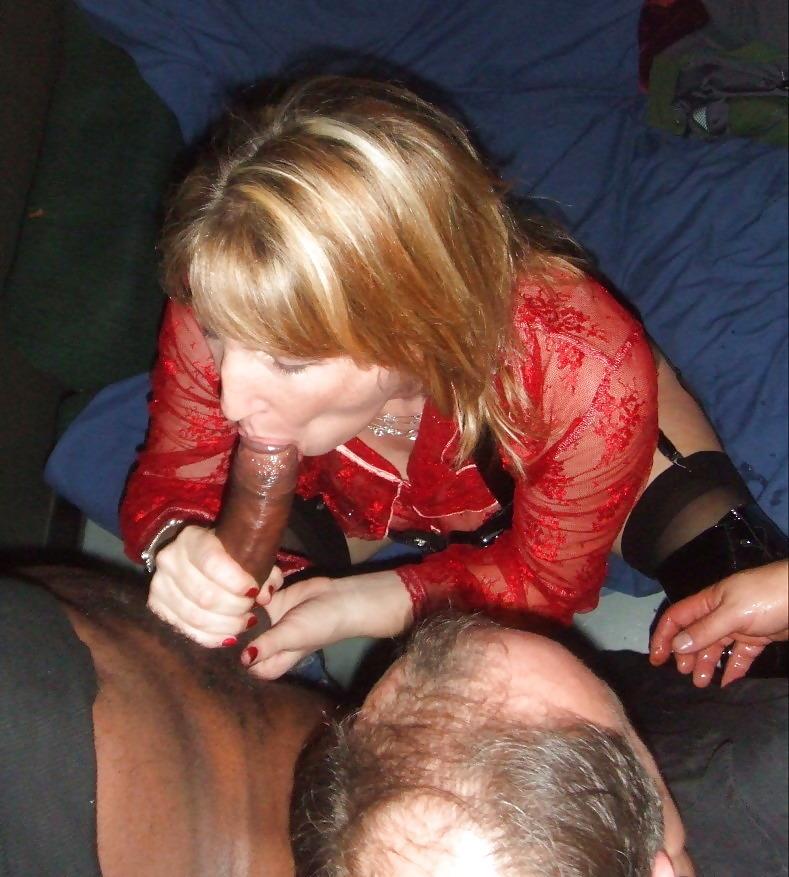 Vient espionner une fille douée pour la pipe de Seine-Saint-Denis en sexe visio